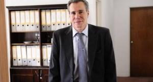 Nisman: el arma se habría disparado a más de 15 centímetros de la cabeza
