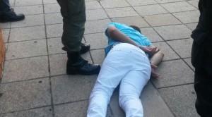 En el centro de Posadas: Le robó el celular a una chica y dos transeúntes lo capturaron, a los golpes