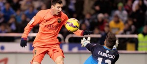 Con tres goles de Messi, el Barça goleó y sigue cerca del Real