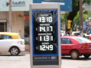Los combustibles bajaron 50 centavos en las estaciones de bandera YPF de Misiones