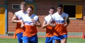 """Con un """"Pinti"""" hambriento de goles, Crucero arrancó la pretemporada; el viernes recibe a Olimpia"""