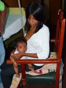 La beba Mbyá que padece de una patología cardiológica, ya está en Corrientes y será operada mañana