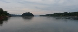 Buscan a un joven eldoradense que desapareció en aguas del río Paraná