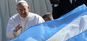 El Papa nombró a un argentino en la comisión sobre casos de curas condenados por delitos graves