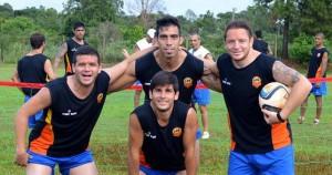 Crucero entrenó y mañana juega otro amistoso con Boca Unidos