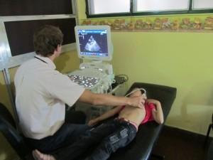 El Hospital Favaloro de Villa Cabello cuenta con un consultorio de prevención cardiovascular para niños