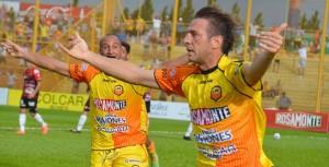 Koropeski confirmó que ante River e Independiente, Crucero quiere jugar en Chaco