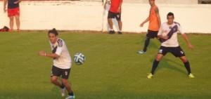 Guaraní entrenó y jugará finalmente el sábado a las 17 frente a Boca Unidos