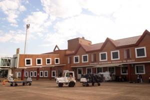Un rayo afectó las operaciones en el aeropuerto de Puerto Iguazú