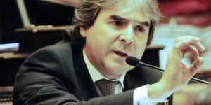 Irrazábal fue invitado por Syryza a observar las elecciones griegas