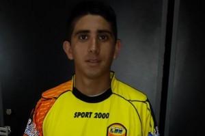 Crucero incorporó a Fabián Monserrat, un volante de 22 años que viene de Independiente