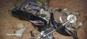 Motociclista terminó internado tras un choque frontal en San Antonio