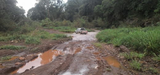En Las Tunas, 50 familias aisladas por la caída de un puente sobre el Tarumá
