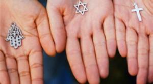 Polémica propuesta: Acabar con las religiones para salvar al mundo