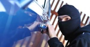 Posadas: denunció que subieron a su coche con engaños y después se lo robaron