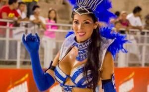 Diosas posadeñas en el carnaval de Encarnación: <em>Naty, sensualidad de Villa Urquiza sobre el sambódromo</em>