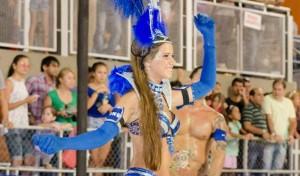 Diosas posadeñas en el carnaval de Encarnación: <em>a Agustina le gusta mucho estar bailando</em>