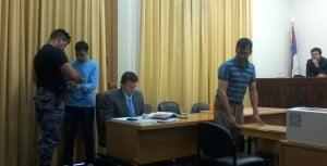 Condenaron a padre e hijo por asesinar de 15 puntazos a un vecino en Concepción de la Sierra