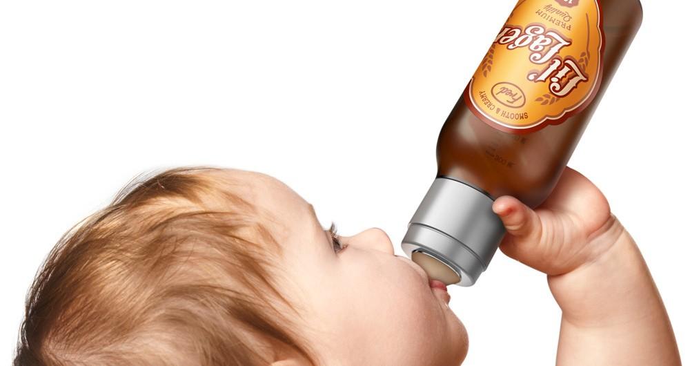 Desarrollan una mamadera con forma de botella de cerveza