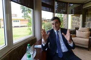 """Randazzo: """"Creo en la política como herramienta de transformación, Scioli es mucho más conservador"""""""