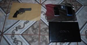 Ahora detuvieron a una mujer por el robo a la empresa Río Uruguay y secuestraron un revólver y un soplete