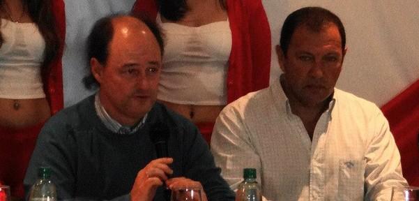 Enríquez acordó la incorporación del ex Crucero, Barraza, y avisó que Guaraní se retira del mercado