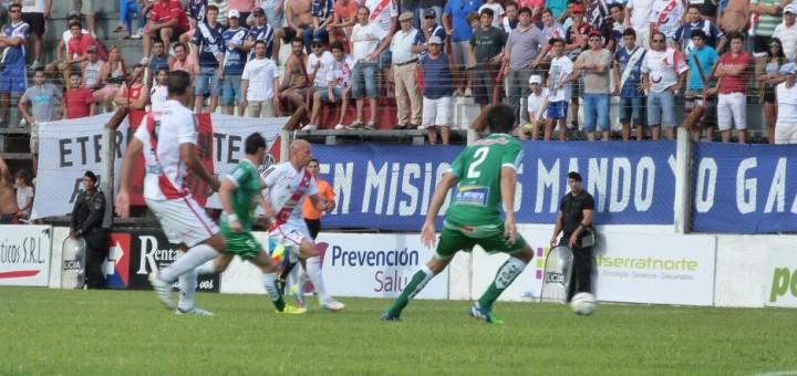 Guaraní fue superior a Sportivo Belgrano pero no supo definirlo, empató 0 a 0 y sigue en zona de descenso
