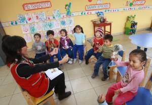 Obligatoriedad de la salas de 4 años: si en una localidad aún no hay el servicio el niñopuede anotarse el año próximo a la sala de 5 e incluso a primer grado