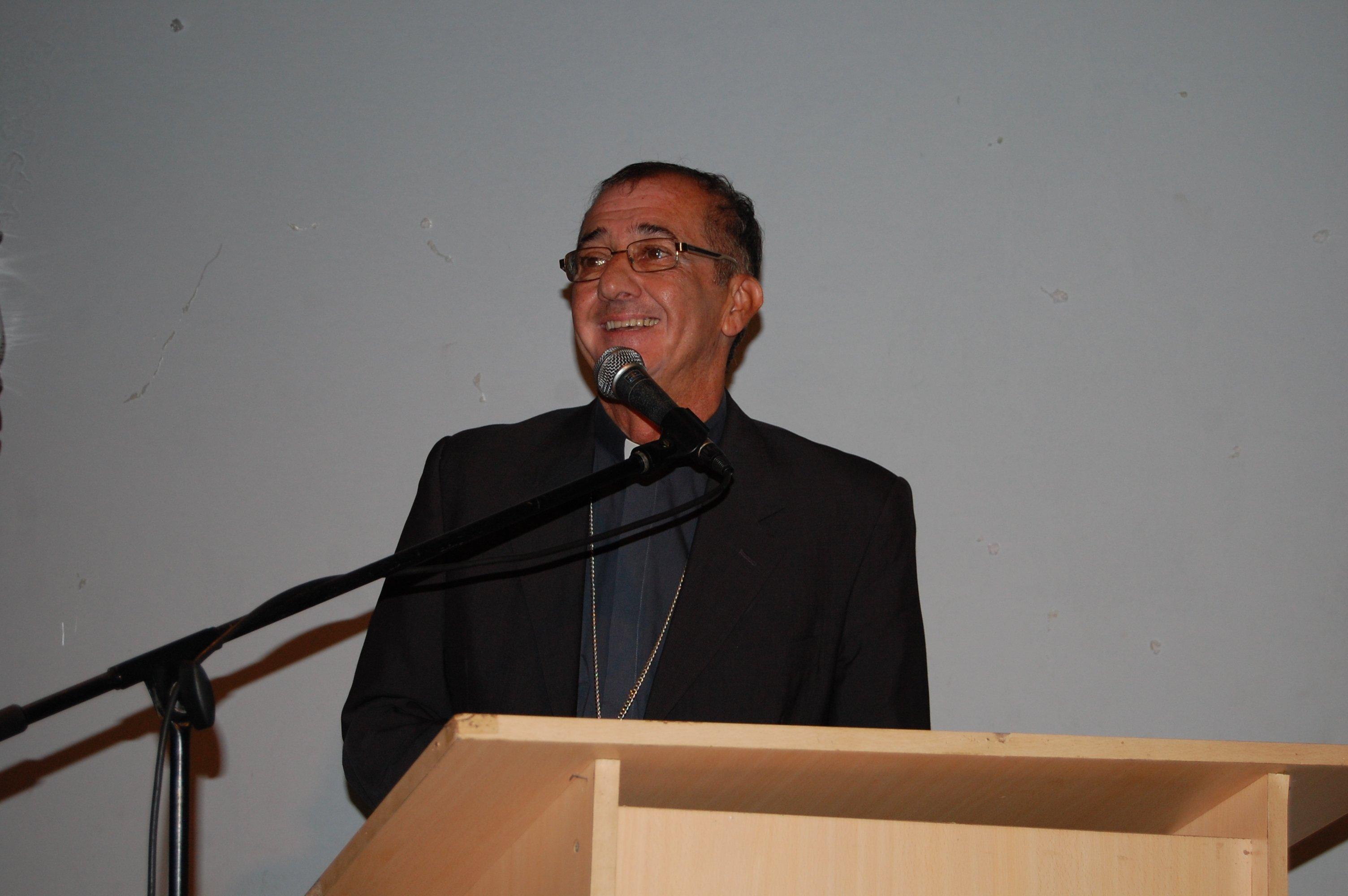 Pobreza: «no se puede vivir de los subsidios, hay que crear trabajo», afirmó el obispo Martínez