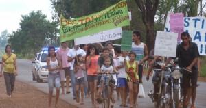 Muertes en la ex ruta 213: familiares de las víctimas marcharon para pedir justicia
