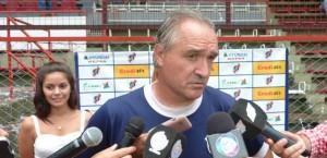 """Bianco: """"Intentamos jugar siempre por abajo, por momentos salió bien pero faltó definir las ocasiones"""""""