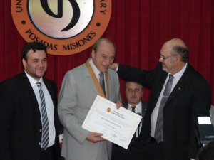 Raúl Zaffaroni recibió el Doctorado  Honoris Causa de la Universidad Gastón Dachary