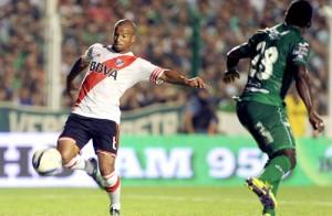 River jugó bien, goleó 4 a 1 a Sarmiento de Junín y sigue de festejo