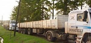 Camioneros amenazan con nuevo paro a Arauco por incumplimientos laborales