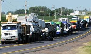 Restringen la circulación de camiones por el fin de semana de carnaval