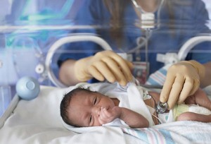 Conformarán un equipo quirúrgico para intervenir a pequeños con cardiopatías congénitas en Misiones