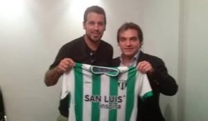 El Ogro Fabbiani jugará en Estudiantes de San Luis y será rival de Guaraní