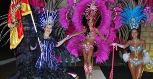 A puro lujo de trajes y mucho ritmo el público disfrutó los primeros carnavales del Alto Uruguay en San Javier