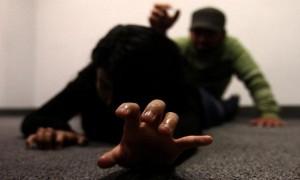 Una chica sufrió graves lesiones al ser violada en Campo Ramón