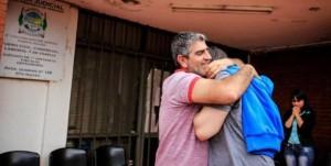 Dos hermanitos de Misiones son el primer caso del país en ser adoptados legalmente por una pareja gay