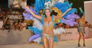 Ante miles de familias arrancaron los carnavales posadeños