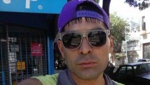 Un ladrón puso su propia foto en el perfil de WhatsApp en un celular que robó y ahora está identificado