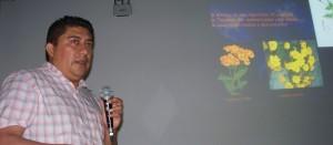 Investigador expuso experiencias en el mejoramiento genético de flores nativas en México