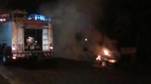 Incendiaron un vehículo en Eldorado