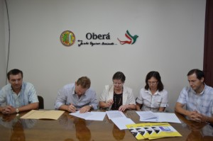 Empleados municipales de Oberá y sus familiares directos tendrán beneficios para estudiar