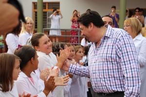 """Closs: """"Debemos aspirar a que el 100 por ciento de los misioneros termine la secundaria"""""""
