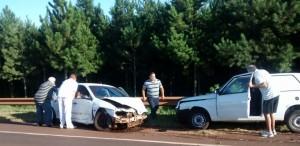 Siete heridos dejó un choque entre dos autos en Caraguatay