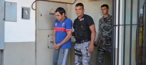 Lo condenaron a 20 años de prisión por haber matado a cuchillazos a su esposa