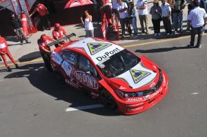 Super TC 2000:  Rafa Morgenstern venía bien pero se le voló el capot y finalizó 17º en Junín