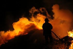 Dos de Mayo: investigan incendio que destruyó un galpón con insumos y 45 mil plantas de tabaco
